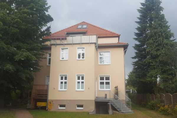 Großzügig geschnittene Wohnung im grünen Mahlsdorf!