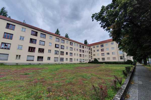 Attraktive 2-Zimmer-Wohnung am Hohenzollerndamm!
