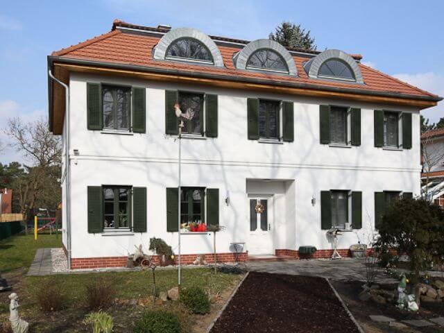 living in berlin ihr immobilienmakler f r die hauptstadt. Black Bedroom Furniture Sets. Home Design Ideas